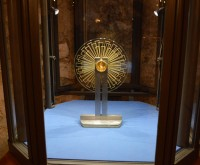 Becket relic on display in Crypt