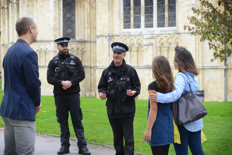 Cathedral Constables chat with a family of visitors