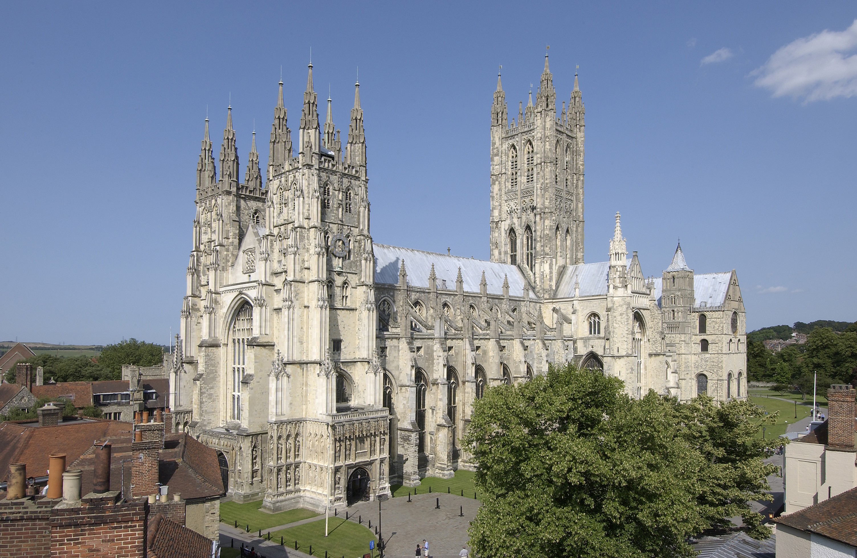 Your historical guide-book for a perfect day out in Canterbury Features Our Articles Travel Travel Near