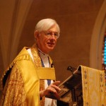 Dean gives Canterbury cross to new American cathedral
